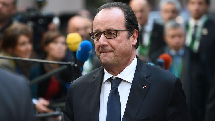 François Hollande arrive au Conseil européen, à Bruxelles, le 17 décembre 2015. (EMMANUEL DUNAND / AFP)