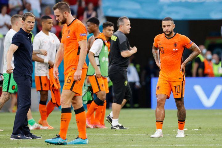 Memphis Depay déçu après la défaite des Pays-Bas face à la République tchèque en huitième de finale de l'Euro 2021, le 27 juin àBudapest (BERNADETT SZABO / AFP)