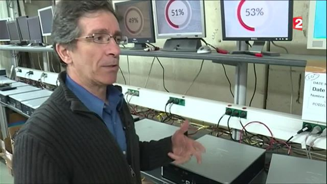 Environnement  : dans les coulisses d'une entreprise de recyclage d'ordinateurs