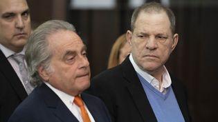 Harvey Weinstein (à droite) et son avocat Benjamin Brafman le 25 mai.  (POOL / GETTY IMAGES NORTH AMERICA / AFP)