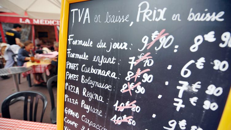 Les professionnels de la restauration n'ont pas totalement tenu les engagements pris en échange de la baisse de la TVA, en 2009. (MYCHELE DANIAU / AFP)