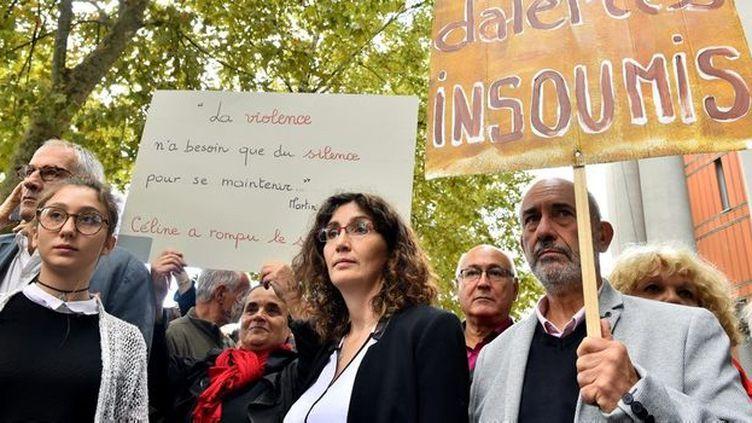 Céline Boussié au centre lors d'une manifestation. Photo ©Comité de soutien à Céline Boussié