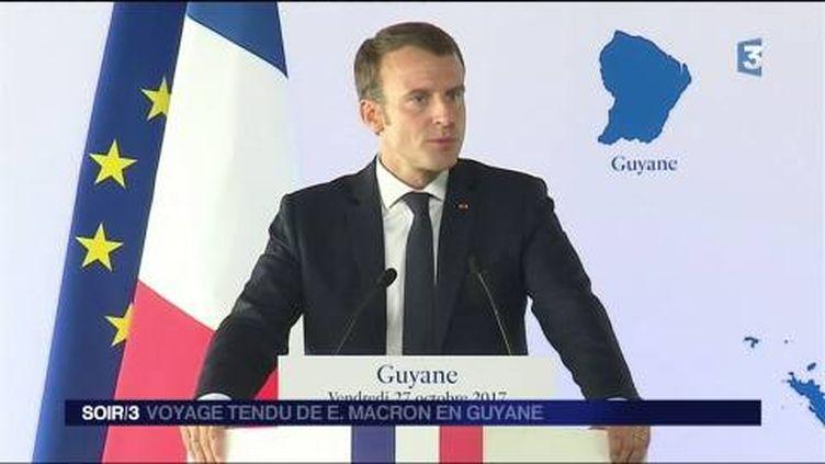 Emmanuel Macron a tenu une conférence de presse vendredi en Guyane. (FRANCE 3)