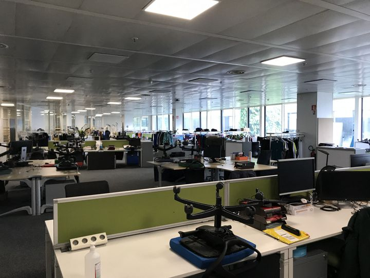 Les bureaux de Salomon,Annecy, 10 juin 2020. (JÉRÔME VAL / FRANCE-INFO)