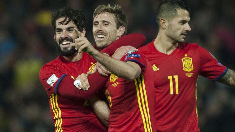 La joie des Espagnols et de Monreal (au centre)