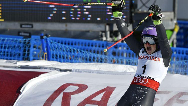 A 27 ans, Tessa Worley est désormais double championne du monde de slalom géant. (FABRICE COFFRINI / AFP)
