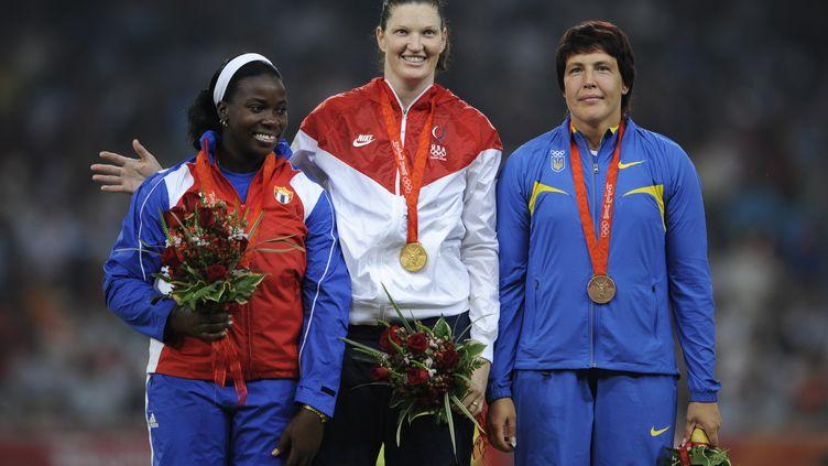 Yarelys Barrios, vice-championne olympique au lancer du disque à Pékin en 2008, s'est vu retirer sa médaille.  (FABRICE COFFRINI / AFP)