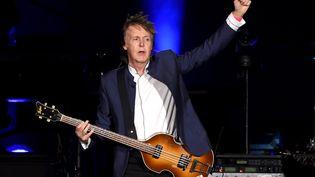 Paul McCartney, le 14 octobre 2016 en concert en Californie (Etats-Unis). (KEVIN WINTER / GETTY IMAGES NORTH AMERICA)