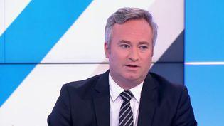"""Jean-Baptiste Lemoyne se félicite """"que l'accès aux origines soit permis pour une personne née de PMA"""" (FRANCE 3)"""