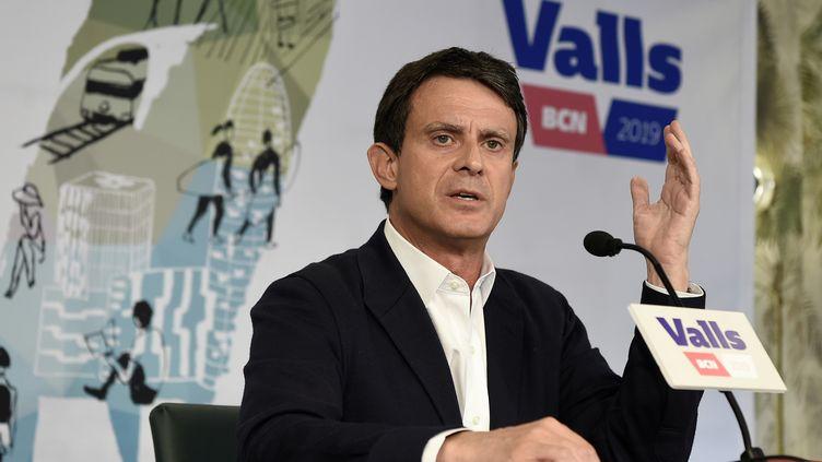 L'ancien Premier ministre Manuel Valls, qui a été candidat à la mairie de Barcelone (Espagne), donne une conférence de presse à Barcelone, le 29 mai 2019. (JOSEP LAGO / AFP)