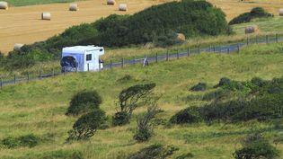Un camping car sur une route en France. Photo d'illustration. (LEYLA VIDAL / MAXPPP)