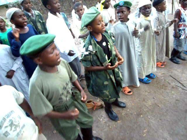 Parmi les recrues, de jeunes garçons enrôlés de force dans les rangs du groupe djihadiste MDI/ADF. Les parents n'osent pas dénoncer ceux qui prennent leurs enfants par crainte de représailles. (Photo/Nicaise Kibel' bel Oka)