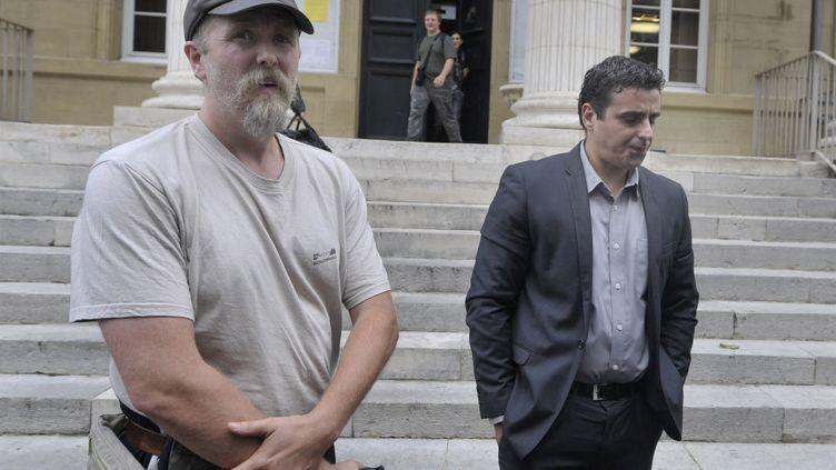 Le Norvégien Varg Vikernes sortant du tribunal de grande instance de Brive (Corrèze), le 10 septembre 2013. (MAXPPP)