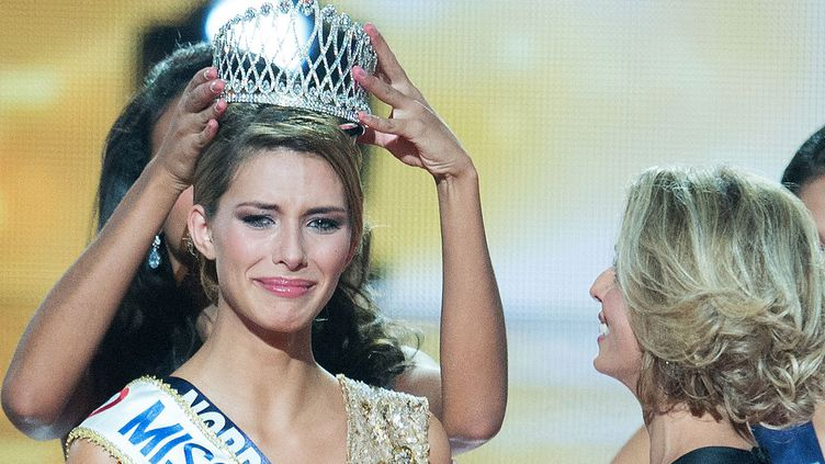 (Camille Cerf, 19 ans, nouvelle Miss France © NIVIERE/SIPA)