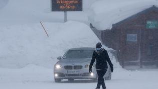 La station de Val Thorens (Savoie) confinée à cause de la tempête Eleanor, le 3 janvier 2018. (MAXPPP)