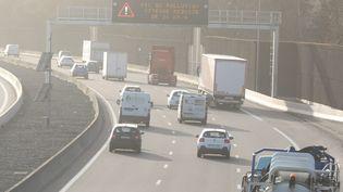 Un épisode de pollution atmosphérique dans la région de Mulhouse (Haut-Rhin) le 25 février 2021 (VINCENT VOEGTLIN / MAXPPP)