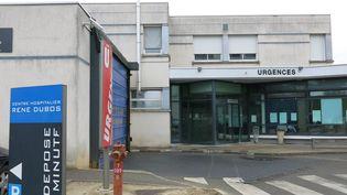 L'entrée des urgences de l'hôpital René Dubos de Pontoise, le 9 avril 2013. (MAXPPP)