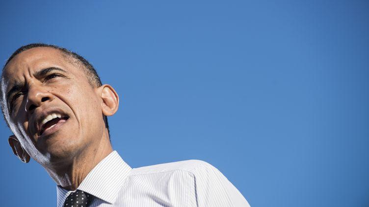 Barack Obama lors d'un discours à Columbus (Ohio), le 9 octobre 2012. (BRENDAN SMIALOWSKI / AFP)
