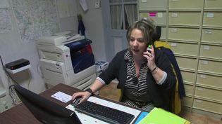 À un mois des élections municipales, zoom sur les secrétaires de mairie, qui détiennent un posté clé, surtout dans les petites communes. (France 3)