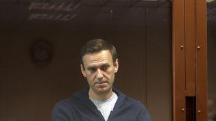 L'opposant russe Alexeï Navalny, le 12 février 2021, au tribunal de Moscou (Russie). (HANDOUT / AFP)