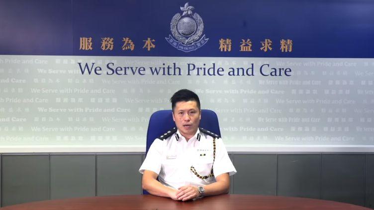 Capture d'écran d'une vidéo de la police de Hong Kong à propos de l'intrusion de manifestants dans le Parlement, le 1er juillet 2019. (HONG KONG POLICE / FACEBOOK)