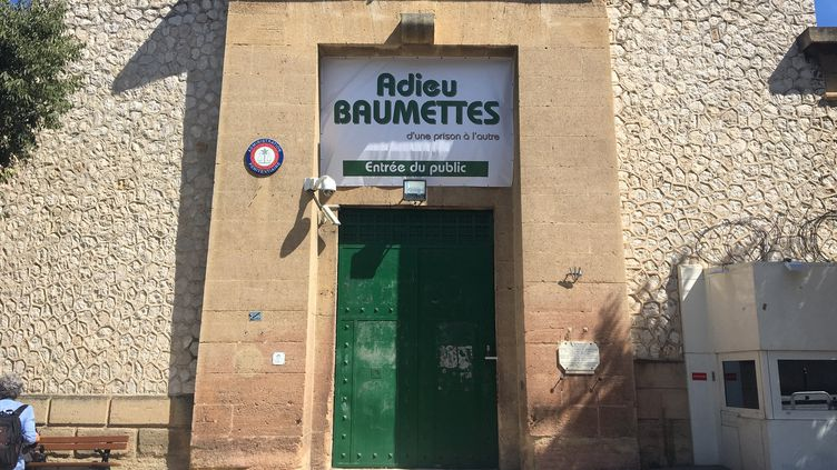 L'entrée de la prison des Baumettes à Marseille. (MARIE CHRISTINE LAURIOL/RADIOFRANCE)