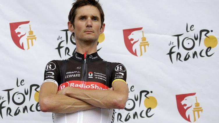 Le cycliste Frank Schleck, le 28 juin 2012 lors de la présentation de son équipe RadioShack avant le départ du Tour de France à Liège (Belgique). (PASCAL PAVANI / AFP)