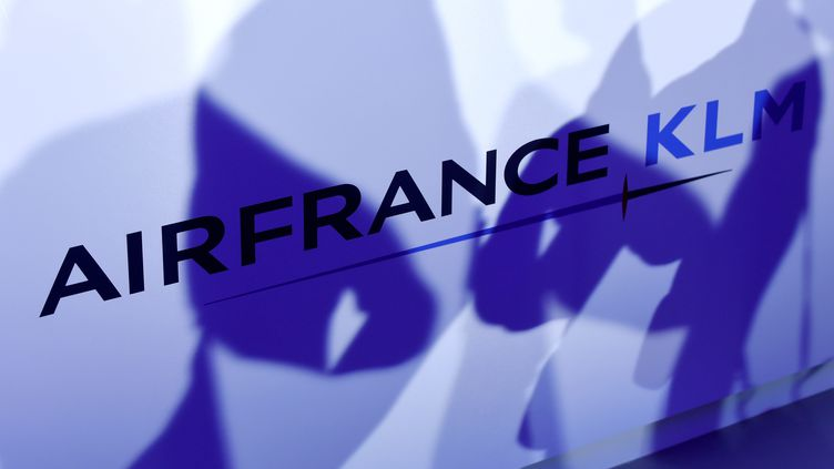 Le logo de l'entreprise Air France (illustration). (ERIC PIERMONT / AFP)