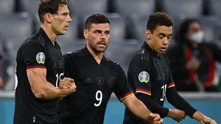 Leon Goretzka célèbre son but contre la Hongrie, le 23 juin 2021. (CHRISTOF STACHE / POOL / AFP)