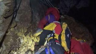 Grottes : un bon filon (FRANCE 2)