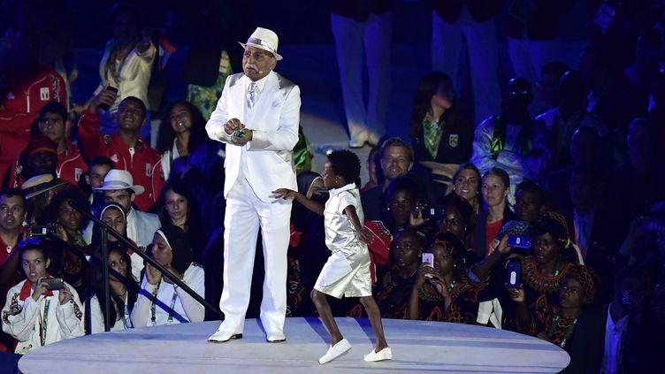 Le sambiste Wilson das Neves à l'ouverture des JO de Rio, le 5 août 2016  (Javier Soriano / AFP)