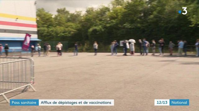 Pass sanitaire : c'est l'affluence dans les centres de vaccination