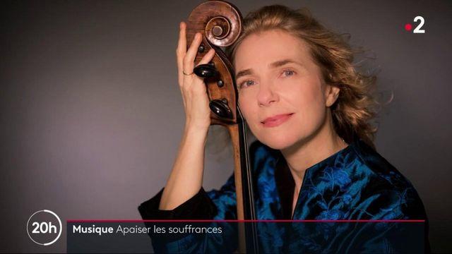 Art-thérapie : la violoncelliste Claire Oppert joue dans les services de soins palliatifs