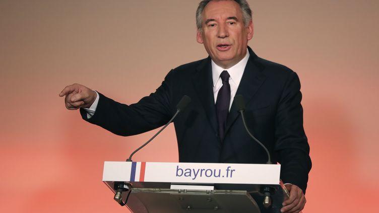 François Bayrou tient une conférence de presse à Paris, le 22 février 2017. (JACQUES DEMARTHON / AFP)