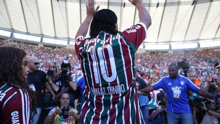 Le Brésilien Ronaldinho, présenté aux supporteurs de son nouveau club, Fluminense (CLEBER MENDES / LANCEPRESS!)