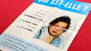 Une affiche éditée lors de l'appel à témoins lancé après la découverte du corps de la petite fille, le 11 août 1987. (SGAUDARD / MAXPPP)