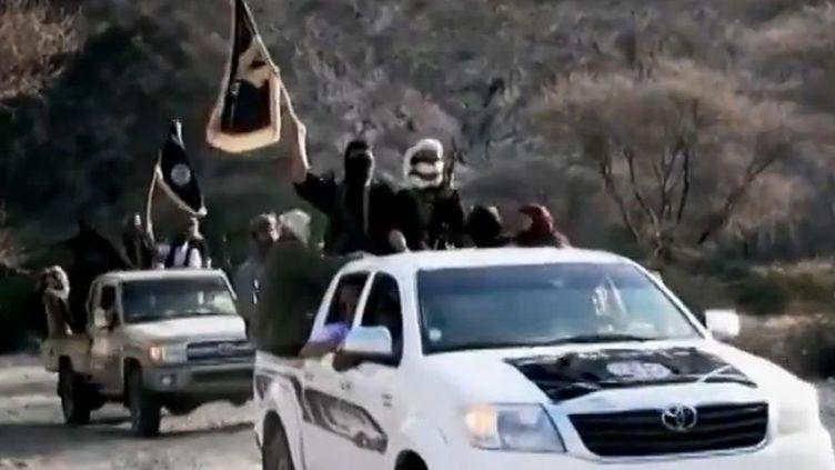 Capture d'écran d'une vidéo de propagande d'Al-Qaïda dans la péninsule arabique. (AL-MALAHEM MEDIA / AFP)