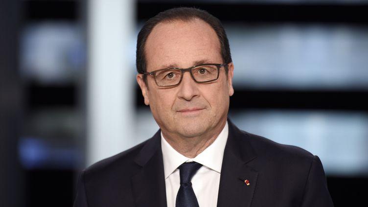 François Hollande sur le plateau de TF1  (MARTIN BUREAU / POOL)