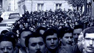Manifestation des ouvriers de Sud Aviation à Nantes (Loire-Atlantique) le 2 mai 1968. (FRANCE 3)