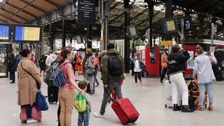 Gare Saint-Lazare à Paris, le 1er avril 2021 (DELPHINE GOLDSZTEJN / MAXPPP)