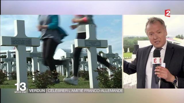 Centenaire de Verdun : des milliers d'enfants aux côtés de Merkel et Hollande