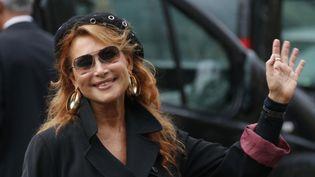 La chanteuse Julie Pietri à l'enterrement de Frank Alamo, à Paris, le 18 octobre 2012. (FRANCOIS GUILLOT / AFP)