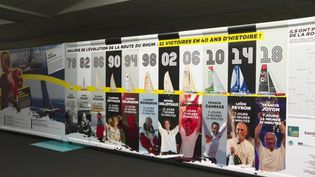 À Saint-Malo, une exposition est consacrée aux plus belles histoires de la Route du Rhum. (FRANCEINFO)