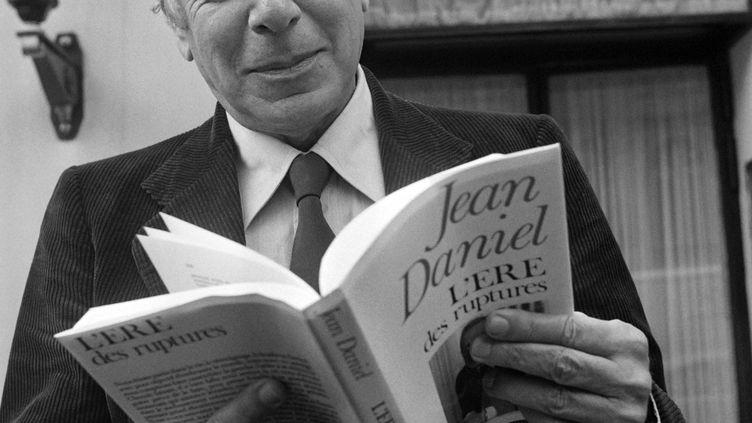 Le journaliste Jean Daniel à Paris en 1979. (GEORGES BENDRIHEM / AFP)