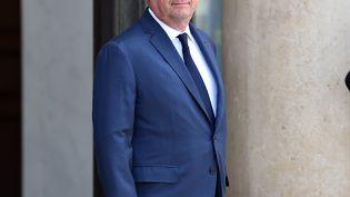 François Hollande sur le perron de l'Elysée, le 2 mai 2017. (MUSTAFA YALCIN / ANADOLU AGENCY / AFP)