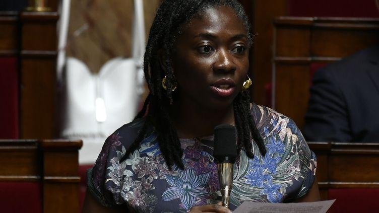 Selon Danièle Obono,députée La France insoumise de Paris,l'exécutif et les élus La République en marche veulent empêcher les parlementaires demener à bienleur devoir d'enquête et de contrôle. (PHILIPPE LOPEZ / AFP)