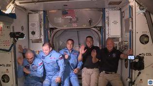 les deux astronautes américainsBob Behnken et Doug Hurley viennent d'être accueillis dans l'ISS, mardi 31 mai 2020. (NASA)