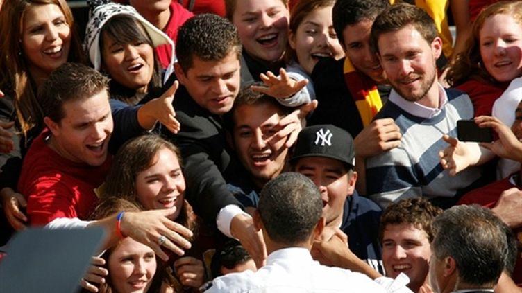 """Barack Obama en campagne pour les """"midterms"""" dans une université de Los Angeles (AFP/DAVID MCNEW)"""