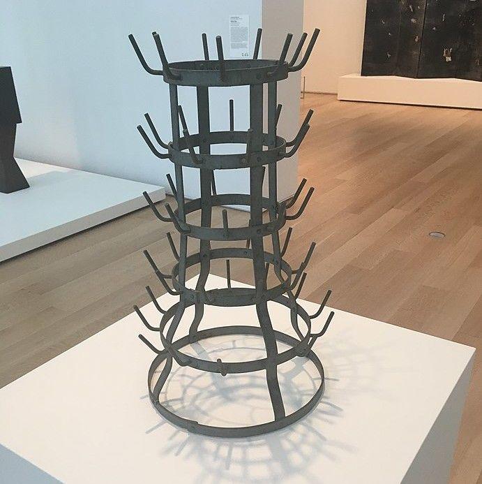 """""""Porte-bouteille"""" / Marcel Duchamp"""