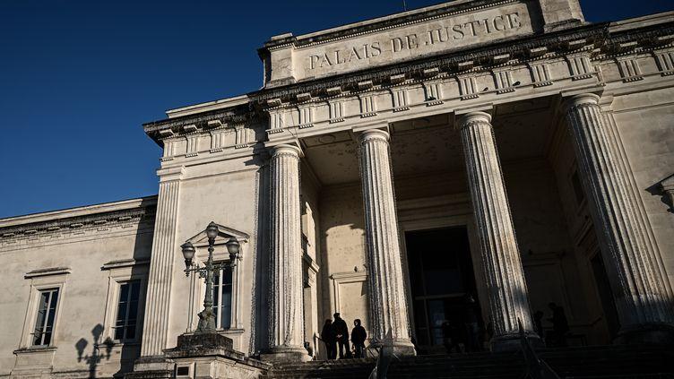 Le palais de justice de Saintes (Charente-Maritime), le 30 novembre 2020. (PHILIPPE LOPEZ / AFP)